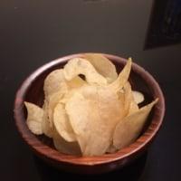山芳「生産者限定ポテトチップス うすしお味」