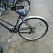 自転車の車輪。