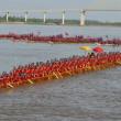 カンボジア、世界最長のドラゴンボートの記録を達成。