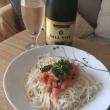 今日のお酒のあて - トマトとツナの冷製素麺 -