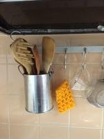 キッチンツールを吊るして収納