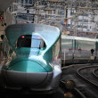 新幹線E5系@東京駅