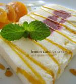 レモンカードとヨーグルト、ラズベリー、チーズで3種のアイスケーキ