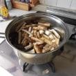ごぼうとこんにゃくのピリ辛煮・・・飯村直美料理教室