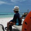メキシコ カンクンの海へ