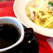 厚切りベーコンと濃厚パルミジャーノのカルボナーラセットを頂きました。 at Segafredo Zanetti Espresso (Segafredo ZANETTI espresso 新宿3丁目店)