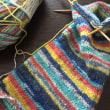 レッグウォーマー編み編み中