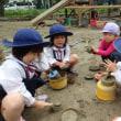 あお・すみれ 3歳児 ケーキ作り・戸外遊び