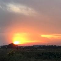 火の玉のような夕焼け空