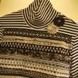 ミシンステッチいっぱいのハイネックTシャツ