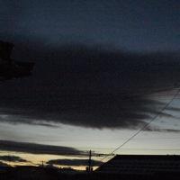 雲の切れ間に木星