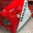 VFR750R(RC30)の塗装です