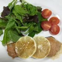 糖質オフ新メニュー「鮭のムニエルレモンバターソース」、「アボカド明太和え」