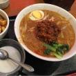 来ました。担々麺と麻婆豆腐のセットです。いただきます。