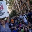 【スペイン・カタルーニャ地方の独立の賛否を問う住民投票】 学生らがバルセロナ、学生らがバルセロナ大学を占拠