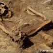 火星表面で頭に王冠を載せた「謎の人骨」が発見された!