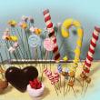 お菓子の家♪制作風景です