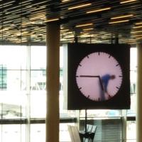 アムステルダムのスキポール空港の時計
