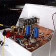 バラック組立の実験機を紙ケースに入れて1号機に