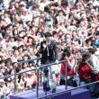 ◯ YuzuruHanyu Parade !!! 羽生祝賀パレード 4年前を上回る10万8000人!