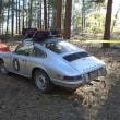 Narrow Porsche 911