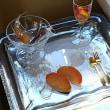 とっておきのお菓子から 『フルーツのマリアージュ イチゴとドライマンゴーのリキュール浸け』