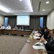 議会活性化特別委員会に出席しています。