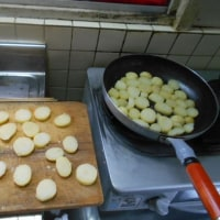 #茹でじゃが芋を、、、