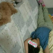 ジュナちん、そんなところで寝なくても・・・  何を枕にしてんのよ!