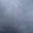 曇り空で寒い