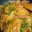 通りすがり~の~くま🐻の夜ご飯は、焼きそば麺のケチャップパスタ風~を