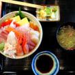 のっけ丼と海鮮丼