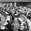核の非人道性に対する認識を大きく後退させたことで、他の決議案への投票でも日本の核廃絶に対する姿勢が改めて問われそうです。