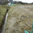 JAの春作業、準備開始!「電気牧柵」の張り直しです。最初はイノシシ対策から。