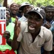 アフリカの夜が少し明けた。辞任を拒否していたジンバブエのムガベ大統領が辞任。38年間の統治に幕
