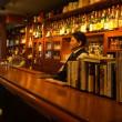 今年100年を迎えた老舗バー「サンボア」。4代目の若きマスターが担う「祇園サンボア」