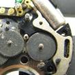 ホイヤーの手巻きクロノの修理とトラサルディークオーツ時計を修理です