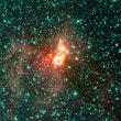 大質量星形成領域の観測に電波望遠鏡ネットワークを使ってみると、精密な距離と原始星の存在が分かってきた