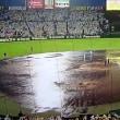 神宮球場は雨天順延