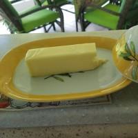 バターは内か外か