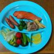 今日の朝食(5月21日)トマトがないのでイチゴ