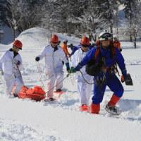 消防と警察が合同救助訓練