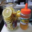 レモンの蜂蜜づけ