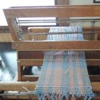 懐かしい卓上手織り機