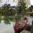 猿沢池に龍頭船が浮かびます。今年も乗れますよ