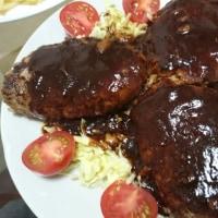 肉汁ハンバーグ