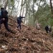 環境活動として、エコプロ高森で湯が洞奥の森林公園遊歩道を視察
