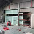 倉敷市玉島上成での某工場さんで大型鋼製建具の取付工事