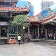 のんびり・台湾 朝の龍山寺