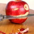歯茎をかじるとりんごから血が出ませんか?
